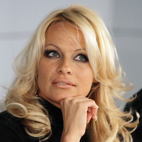 Pamela Anderson ne flirte pas avec Michael Jackson, merci!