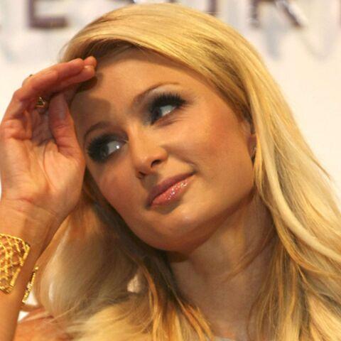 Paris Hilton si généreuse avec les chiens errants