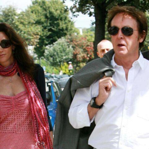 Paul McCartney présente Nancy à sa famille!
