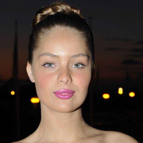 PHOTO – Marie-Ange la petite sœur de Laetitia Casta sublime en bikini