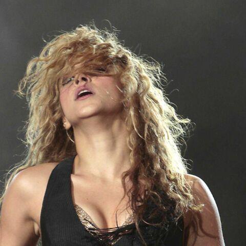 Shakira: son bain de foule lui vaut une amende