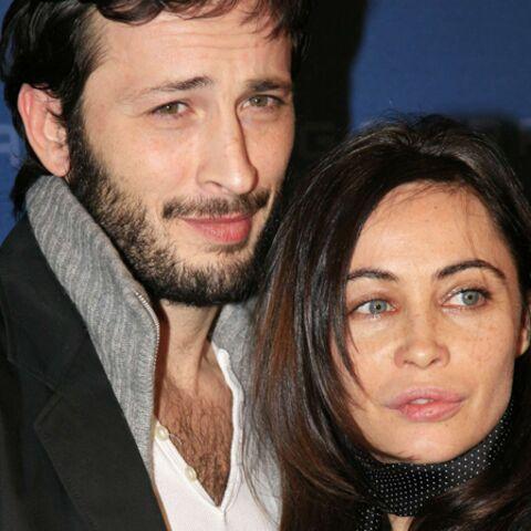 Emmanuelle Béart et Michael Cohen, parents d'un enfant du bout du monde