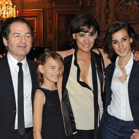 Inès de la Fressange recompose sa vie en famille et en beauté