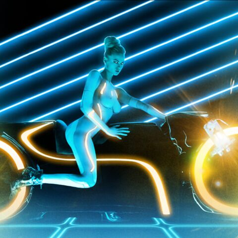 VIDEO- PHOTOS- Tron L'Héritage: la version hot de Playboy!