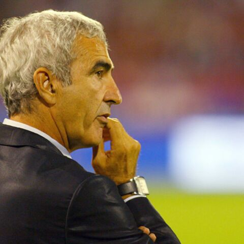 VIDEO- Raymond Domenech: la bourde qui buzze