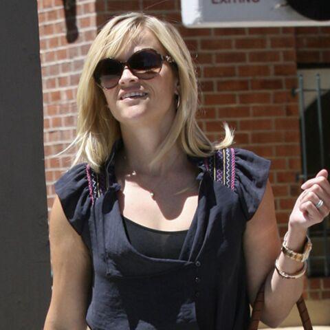 Reese Witherspoon percutée par une voiture