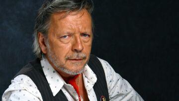 Renaud, malade, assure un concert mais inquiète ses fans