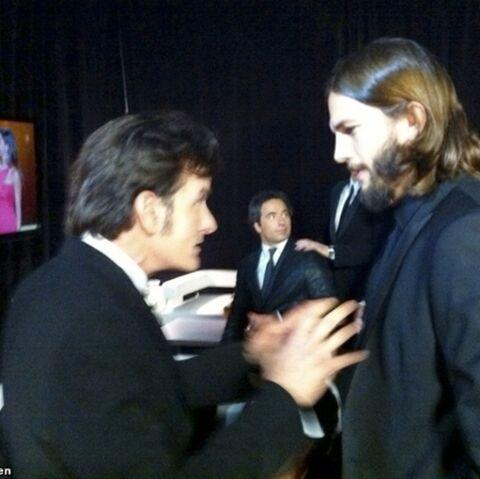 Charlie Sheen s'en prend à Ashton Kutcher sur Twitter