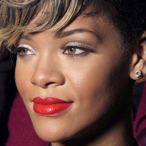 Rihanna fait tourner les têtes