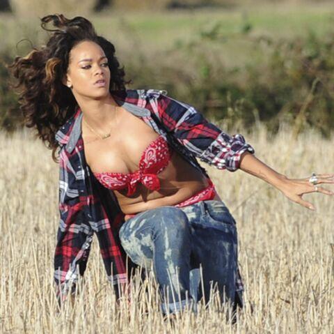 Rihanna, belle des champs en sous-vêtements