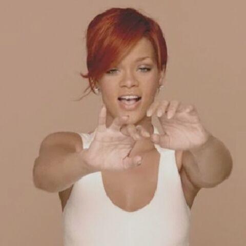 Rihanna touche ses fans pour Nivea