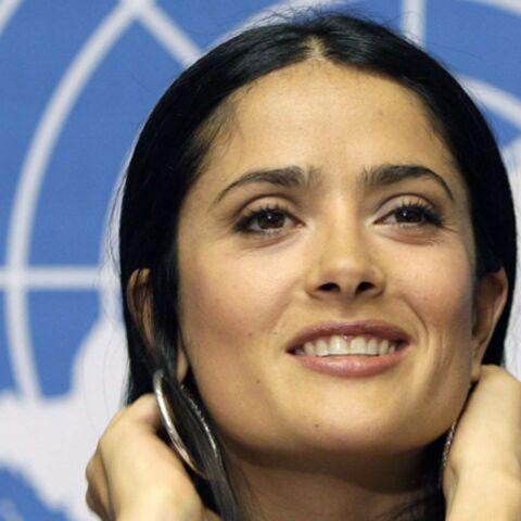 Salma Hayek pleure, pour la bonne cause