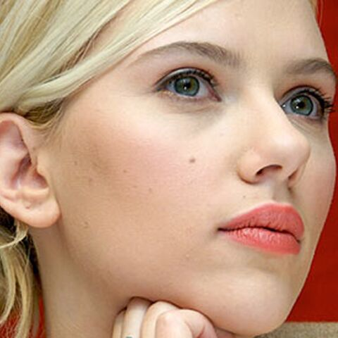 Scarlett Johansson pas tendre avec Dylan Farrow