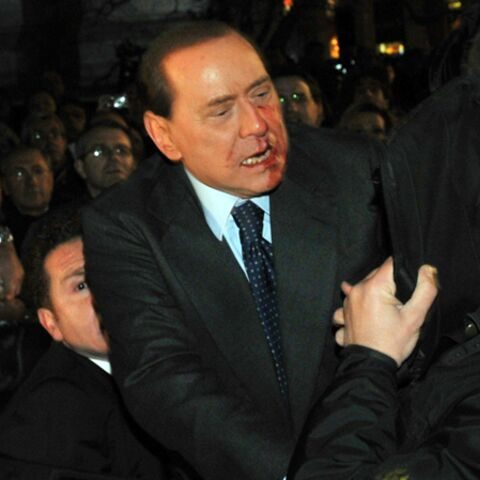Silvio Berlusconi, cajolé par Sarkozy, Brown, Clinton et Merkel…