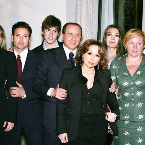 Noemigate: Silvio Berlusconi en fait une affaire de famille