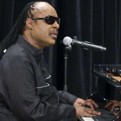 Stevie Wonder rend hommage à Michael Jackson