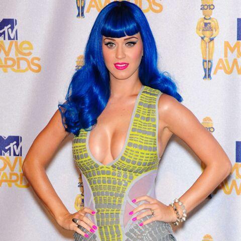 PHOTOS- Défilé de stars bling-bling aux MTV Movie Awards