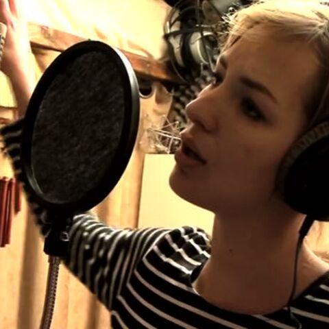 VIDEO- Adèle Blanc-Sec: Louise Bourgoin en duo avec Thomas Dutronc