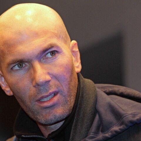 Zidane se rapproche du terrain