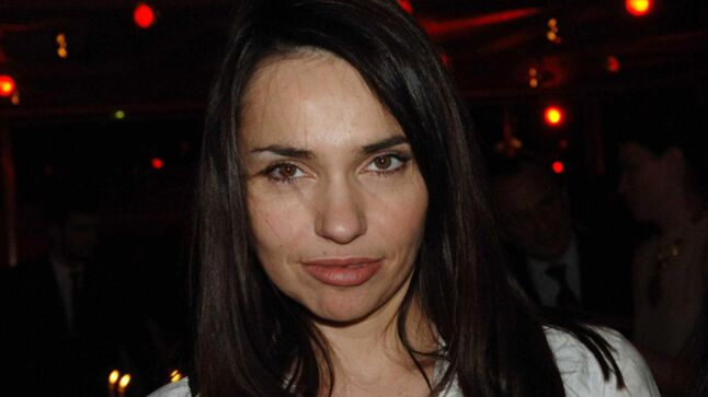Karine le marchand b atrice dalle quand joey starr for Beatrice dalle et joey starr