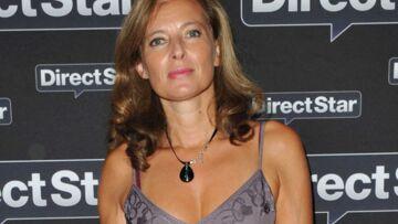 PHOTOS – Valérie Trierweiler a 52 ans: Ses looks, du plus classe au plus décontracté