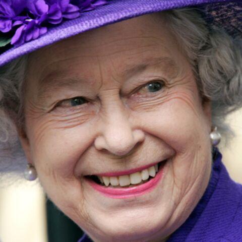 Elisabeth II, ses astuces contre la crise (1/2)