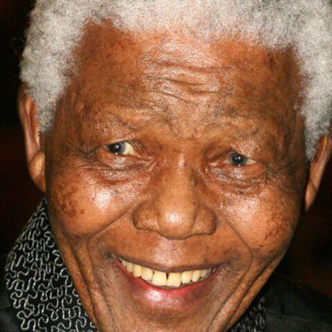 Nelson Mandela devient citoyen d'honneur de la ville de Paris