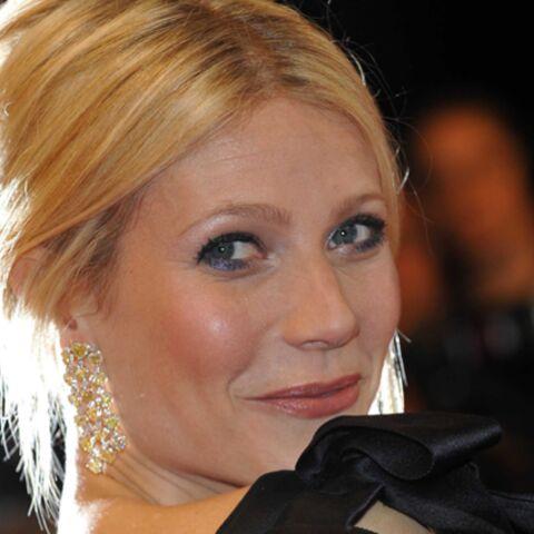 Gwyneth Paltrow illumine le tapis rouge