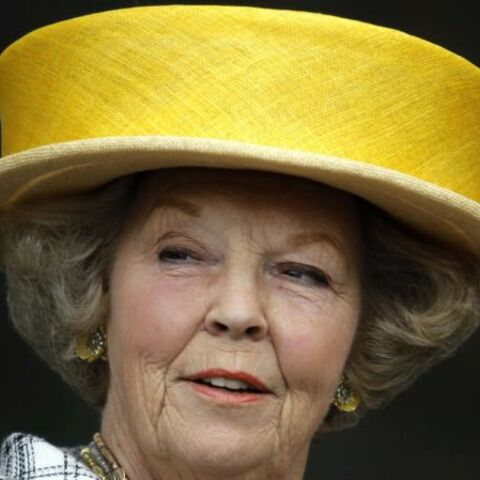 Beatrix des Pays-Bas s'offre un scandale pour Noël