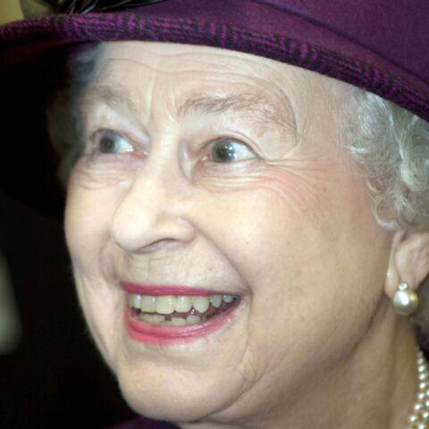 Elizabeth II: chouette, c'est Noël!