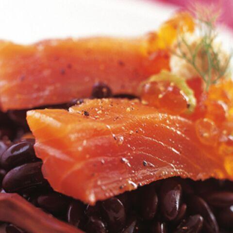 Saumon fumé, haricots noirs