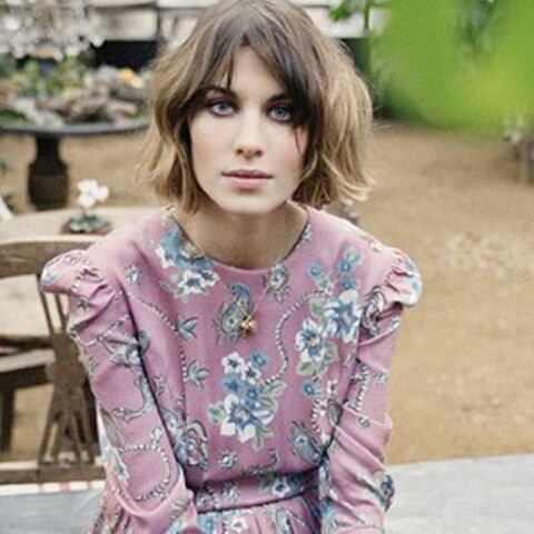 Photos – On ne lâche plus les baskets d'Alexa Chung