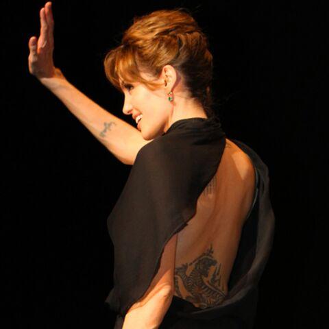Angelina Jolie sort le grand jeu pour la promo de Salt