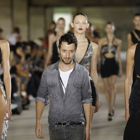 Anthony Vaccarello attendu chez Saint Laurent Paris