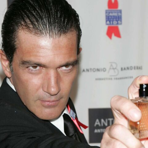 Vidéo: Antonio Banderas fleure bon le business avec une nouvelle fragrance