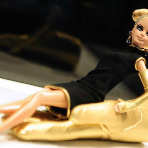 Barbie a les chevilles qui enflent