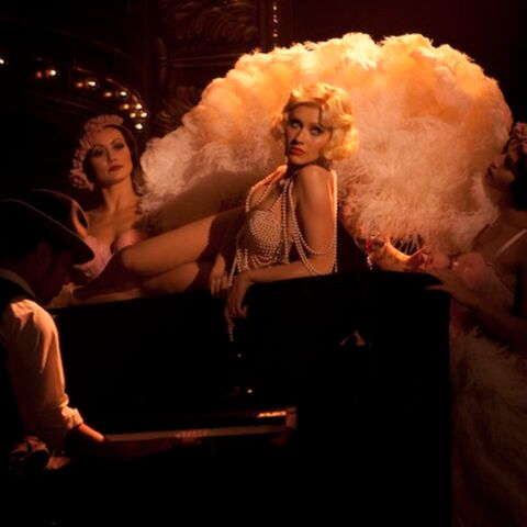 Adoptez la burlesque attitude avec Christina Aguilera