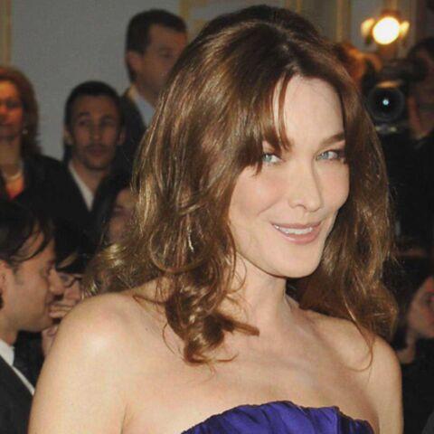 Carla Bruni-Sarkozy reçoit les stars au dîner de la Mode