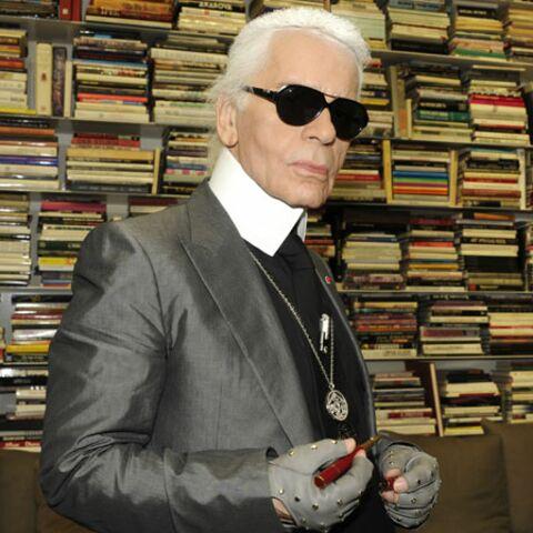 Karl Lagerfeld met le feu