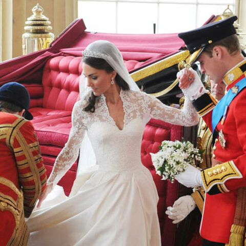 Kate Middleton: sa robe exposée à Buckingham!