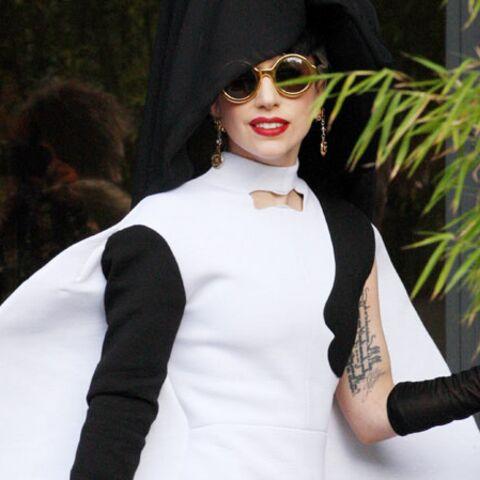 Lady Gaga tourne rond