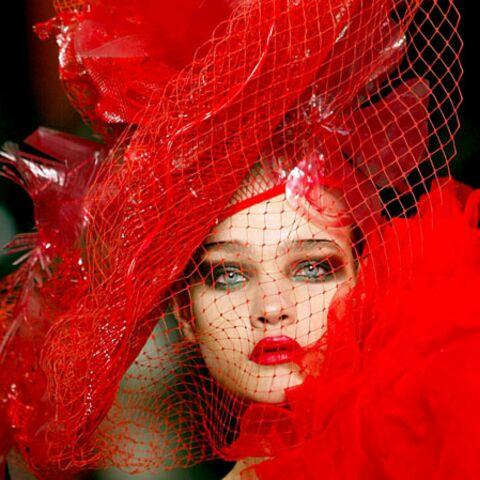 Natalia Vodianova, Claudia Schiffer, Lady Gaga: toutes voilettes dehors