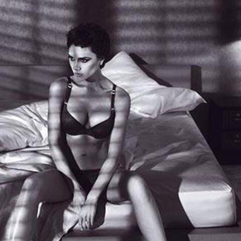Victoria Beckham, sexy pour Emporio Armani Underwear