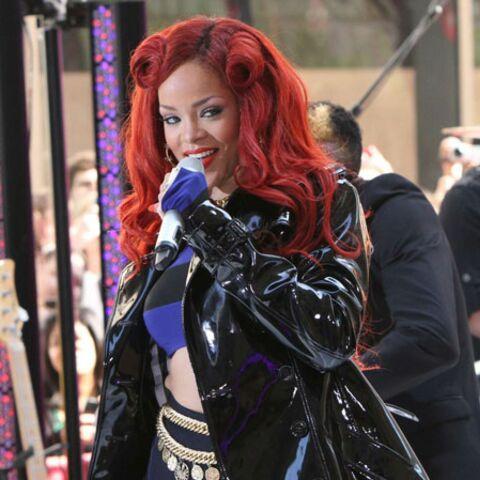 Rihanna trashise le trench