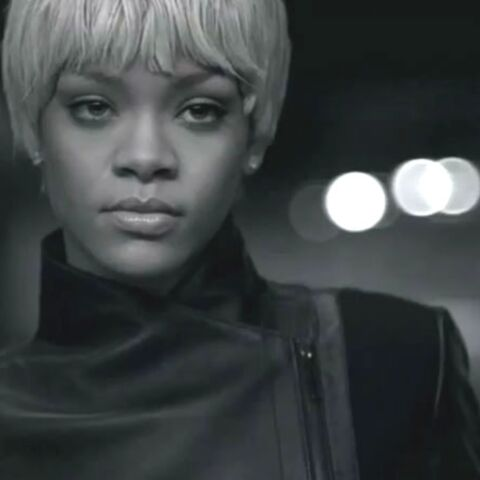 Rihanna, styliste pour Armani