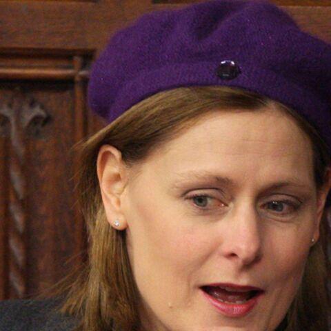 Sarah Brown opte pour la Carlattitude