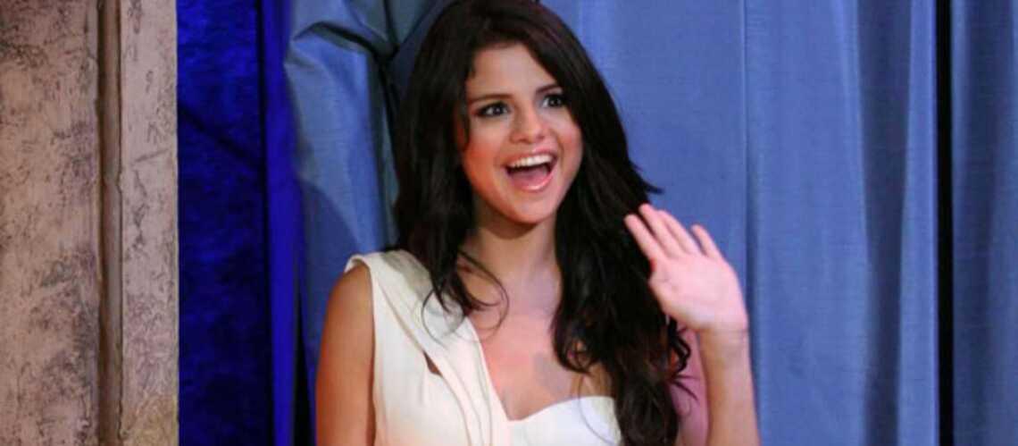 Selena Gomez a viré ses parents