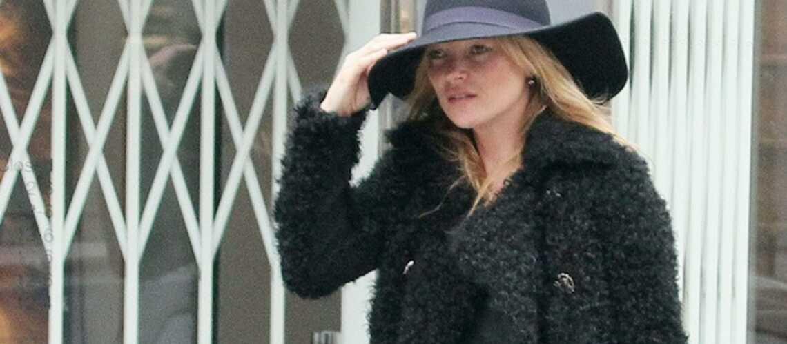 Kate Moss paralysée du bras