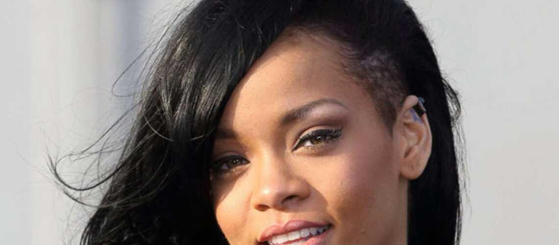 Rihanna back to black