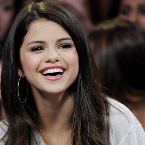 Selena Gomez parfumeuse en herbe